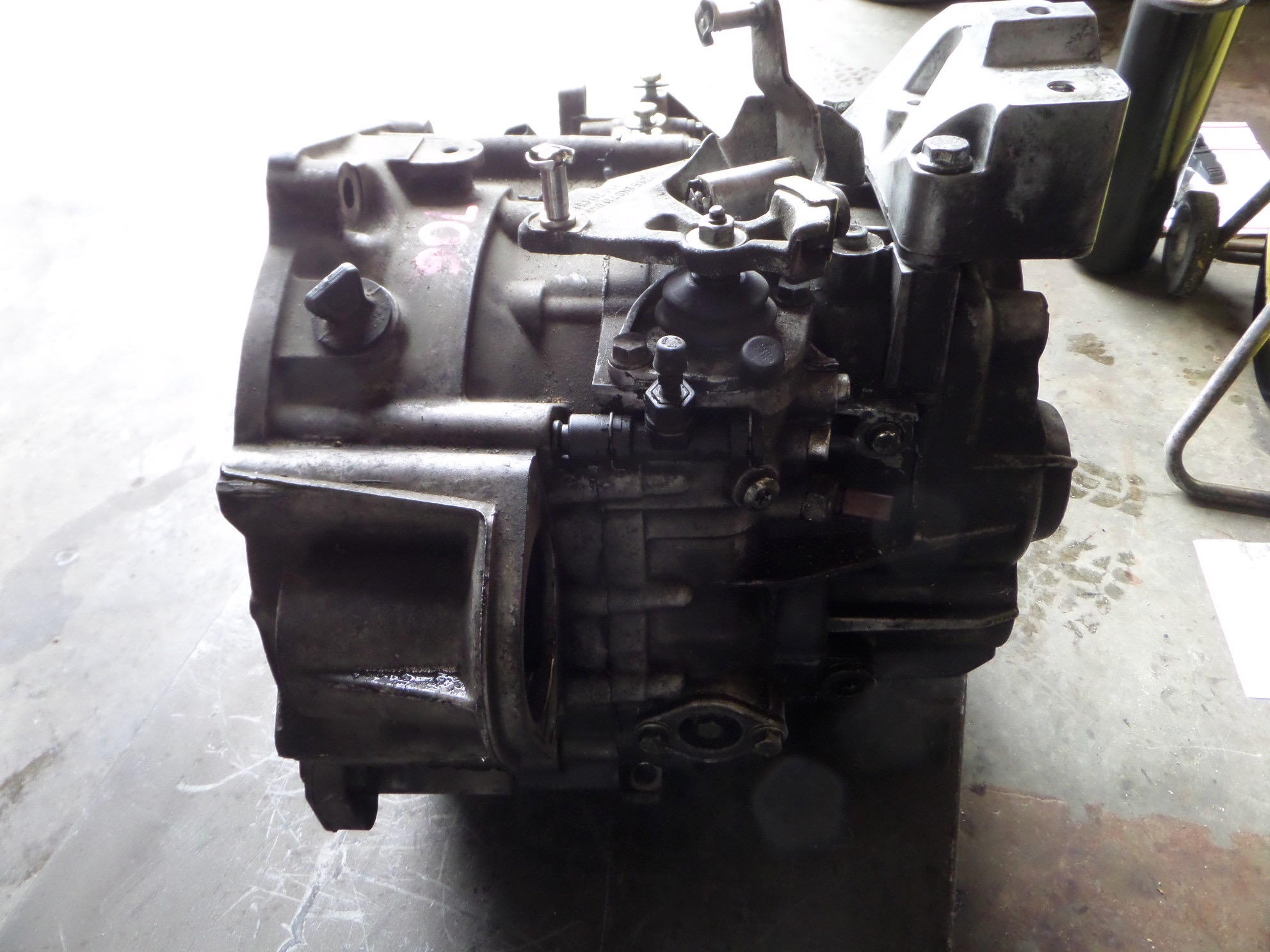03 T Manual Transmission W  O Transfer Case 110k
