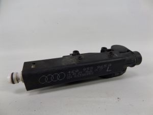 2004 Audi A8 Left Headlight Washer Jet Broken Nipple Pump