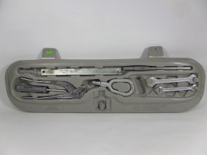 1999 BMW 328 iC Trunk Convertible Tool Kit