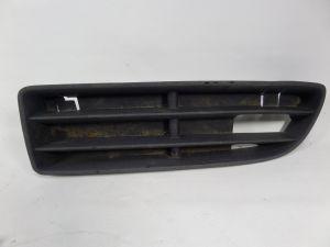 2004 VW Jetta GLI Left Lower Bumper Broken Tab Grille