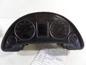 04 Audi A4 B6 Instrument Cluster Euro KPH KM/H