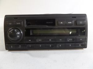 02 Land Rover Discovery Stereo Radio Deck