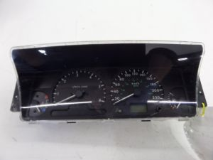 02 Land Rover Discovery II Instrument Cluster KPH KMS Series 2 L318 98-04